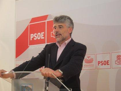 """El PSOE pregunta a Monago qué medida aplicará sobre """"altos cargos"""" actuales del SES que ahora concurren a oposiciones"""
