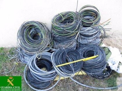 Detenidos en Albacete tres miembros de una banda que robaron el cable telefónico de dos municipios de Segovia