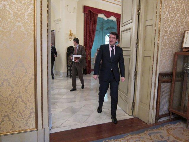 Alfonso Fernández Mañueco en la Casa Consistorial