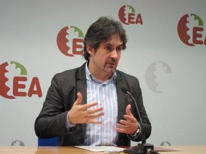 """Urizar (EA) cree que Mas """"tiene que llegar hasta el final"""" porque, si no, """"el pueblo catalán no lo entendería"""""""
