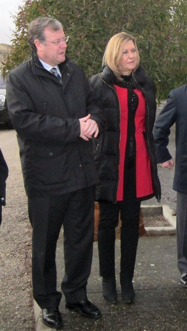 Pilar del Olmo junto a Antonio Silván