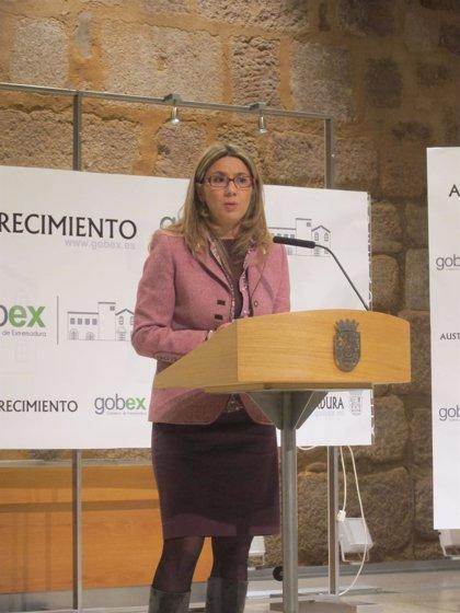 """El Gobierno extremeño dice a Vara que la región """"sabe lo que ha pasado con los procesos selectivos históricamente"""""""