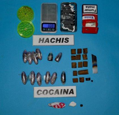 Desarticulado en Torrelavega un punto negro de distribución de hachís y cocaína