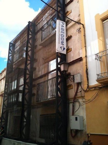 Inician la reconstrucción de otro edificio de viviendas protegido por el PEPRI, respetando la fachada
