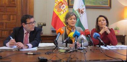 """Gobierno pide a la Junta """"dejar la confrontación"""" sobre la PAC y """"no faltar a la verdad"""""""