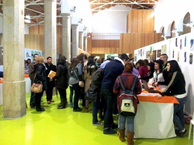 Más de 350 alumnos de FP participan en I Feria Aragonesa de Empresas Simuladas