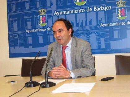 El Ayuntamiento de Badajoz no puede garantizar que el derribo del Cubo de Biblioteconomía pueda realizarse este verano