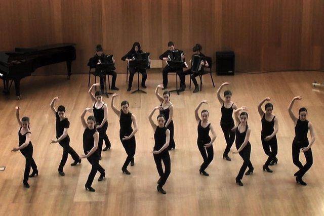 Actuación de los alumnos del conservatorio Pablo Sarasate y la Escuela de Danza