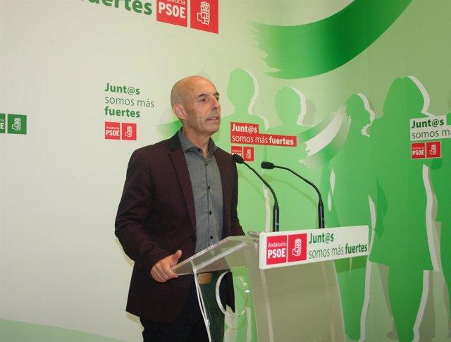 El diputado socialista Antonio Hurtado