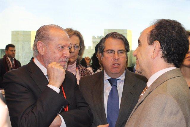 Np Encuentro De Villalobos Y El Consejero De Turismo En Stand De Sevilla En Fitu