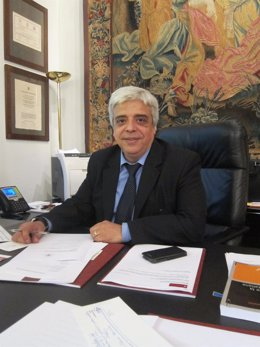 El decano del Icab, Oriol Rusca