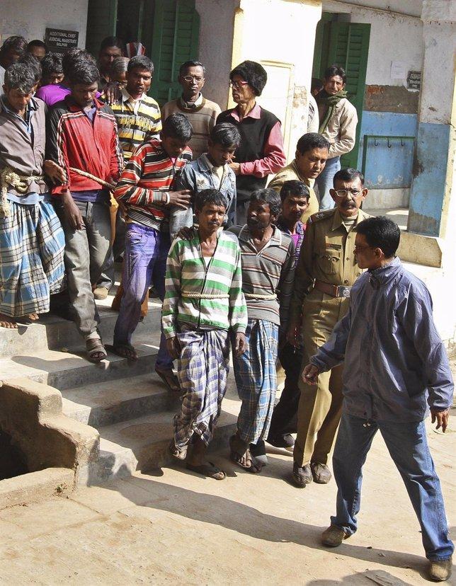 Detenidos por violar a una joven en India