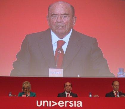 Economía.- (Ampl.) Santander logra plusvalía de 740 millones tras vender un 4% de su filial de consumo de EEUU en la OPV