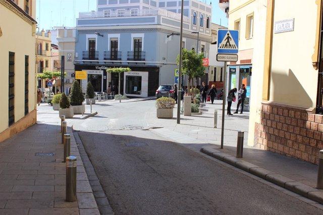 El ayuntamiento de alcal de guada ra cortar la calle la - Comisaria alcala de guadaira ...