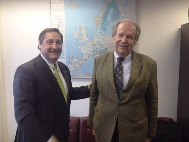 El conseller Josep Maria Pelegrí con José Manuel Soussa-Uva