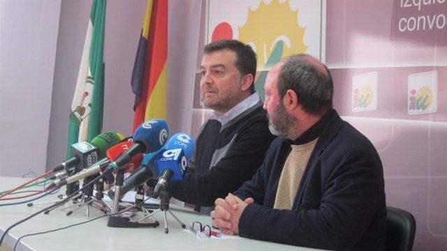 El coordinador regional de IULV-CA, Antonio Maíllo, en Huelva.