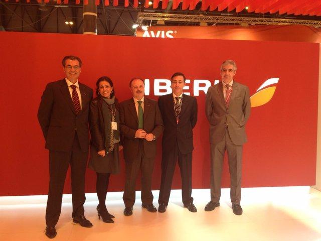 Convenio de promoción turística entre el Govern e Iberia