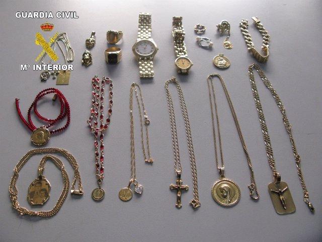 Piezas de oro recuperadas en la operación Inima de la Guardia Civil