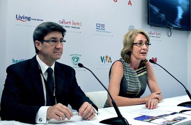 Adolfo fernández concejal turismo benalmádena y la alcaldesa Paloma García