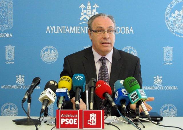 El portavoz socialista en el Ayuntamiento de Córdoba, Juan Pablo Durán
