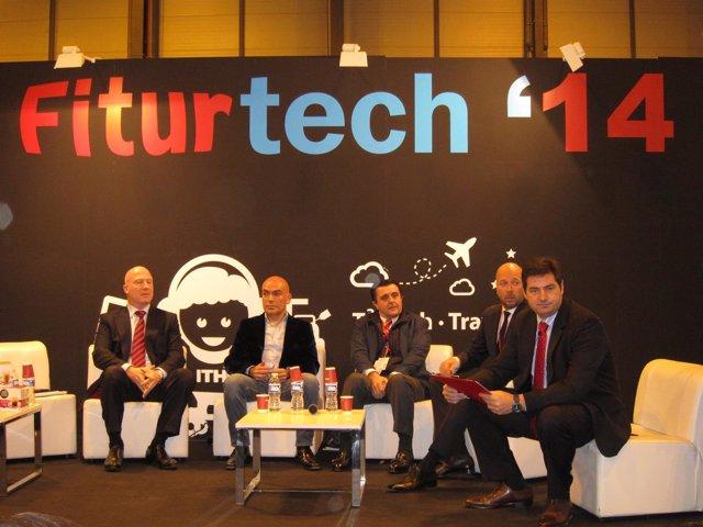 Debate entre hoteleros en Fiturtech 2014
