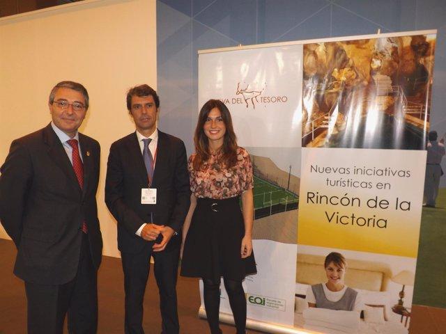 Marta Marín, edil de turismo de Rincón, junto a Bayón (EOI) y alcalde, Salado