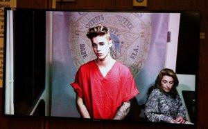 Justin Bieber sale de la cárcel