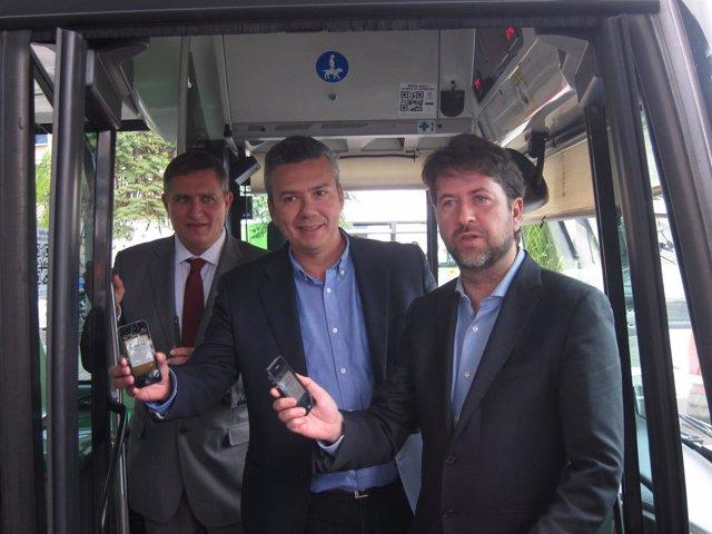 Alonso (d), con la aplicación