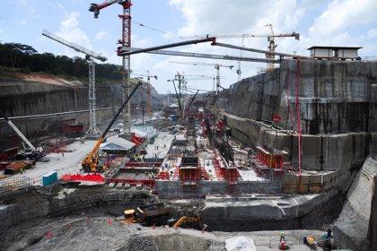 Las obras de ampliación del Canal de Panamá están al 72.3%