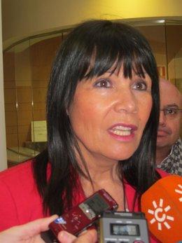 Micaela Navarro, la presidenta del PSOE-A, durante sus declaraciones