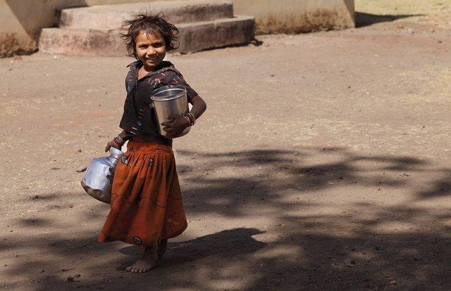 Imagen de la campaña de Fontilles centrada en los niños.