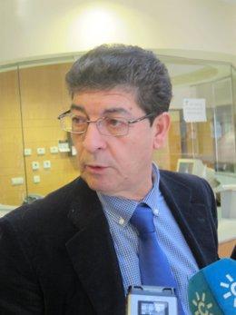 Diego Valderas, en su intervención ante los periodistas