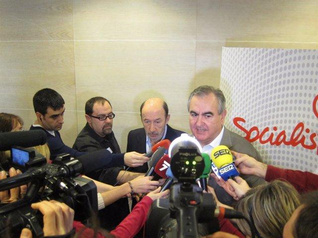 González Tovar junto a Rubalcaba