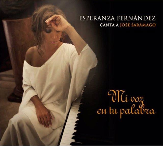 Esperanza Fernández canta a José Saramago