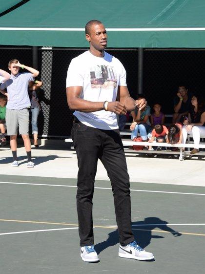 Primer jugador de NBA que se declara gay acompañará a Michelle Obama en discurso de la Unión