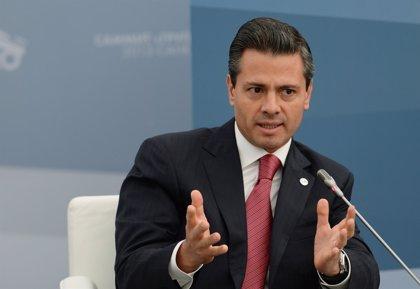 Peña Nieto pide estar atentos ante eventuales síntomas de la Influenza H1N1