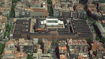 El Hospital Clínic de Barcelona trata por primera vez en España una tracción vitreomacular sin cirugía