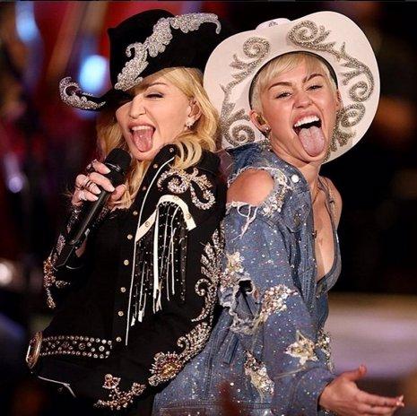 Miley Cyrus actuará con Madonna en su concierto acústico