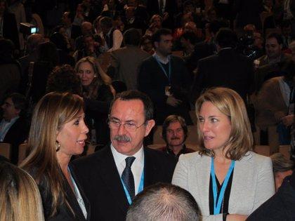 Camacho ve legítimo abandonar el PP pero cree que son el partido que defienden la unidad de España