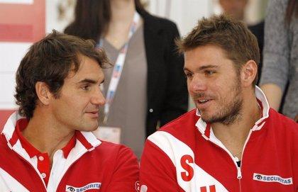(Crónica) Federer y Wawrinka acercan a Suiza a los cuartos de final