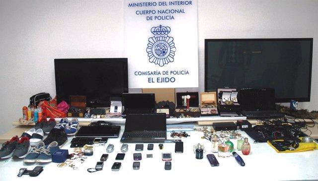 a731fdc8d032 Tres detenidos acusados de robo por escalo en una docena de viviendas en El  Ejido