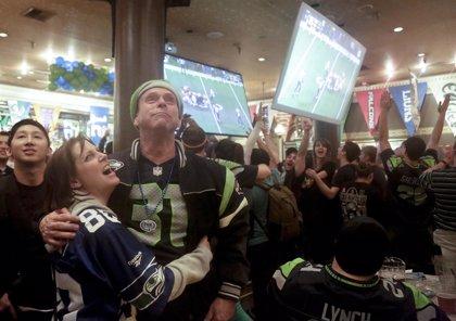 Apuesta con clientes en el Super Bowl y pierde 7 millones de dólares