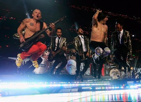 Bruno Mars y Red Hot Chili Peppers en la Super Bowl 2014