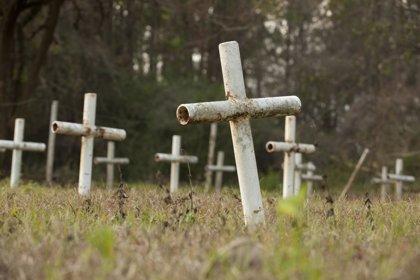 Investigadores hallan 55 cuerpos enterrados en un reformatorio de Florida
