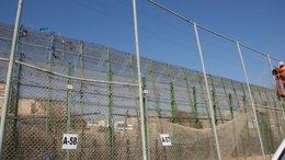 Reparación de la valla de Melilla