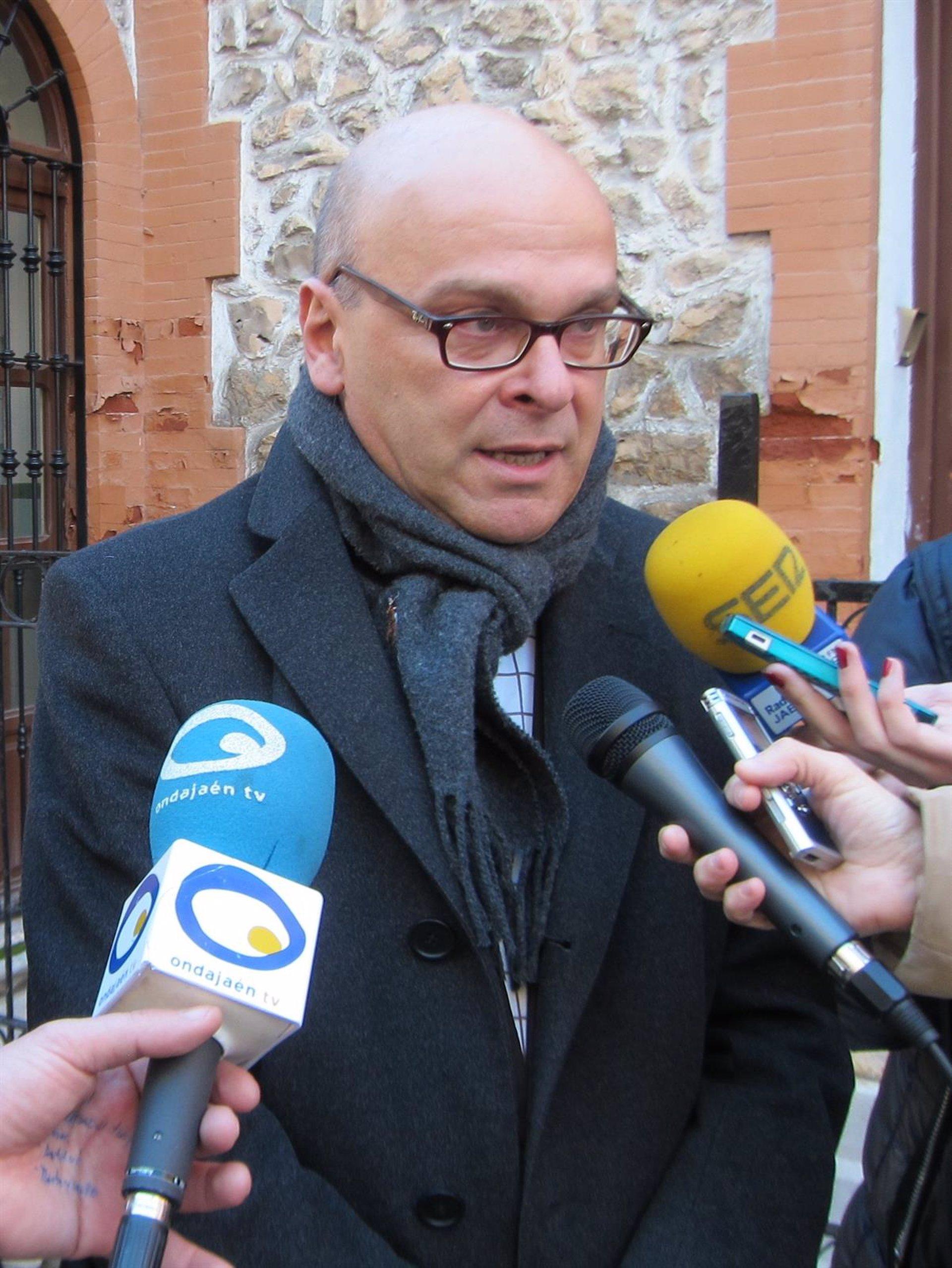 PSOE plantea al alcalde \