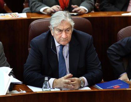 AV.- El nuevo consejero de Sanidad descarta un nuevo intento de externalización sanitaria esta legislatura