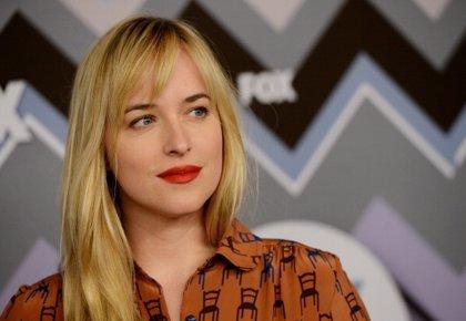 "Dakota Johnson asegura que el secreto para rodar '50 sombras' es ""no tener vergüenza"""