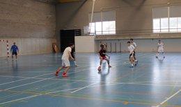 Partido de fútbol sala en la liga de la UPO
