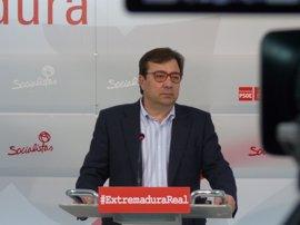 Vara aplaude que Valenciano encabece la lista a las europeas, porque supone mandar un mensaje potente a Europa